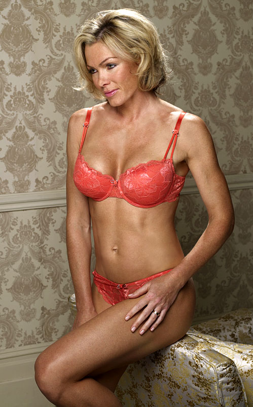 1 model - Nell McAndrew